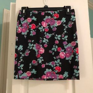 Candie's flowered skirt